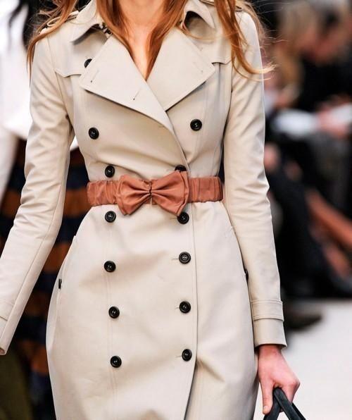 Burberry coat #bow
