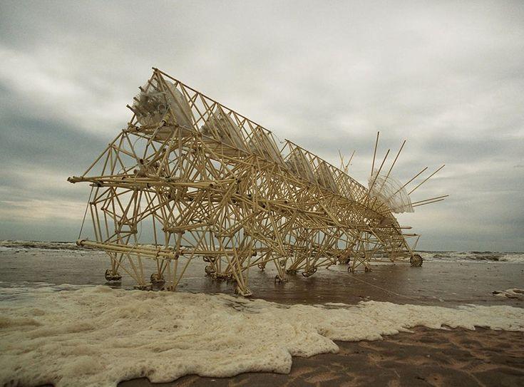 Theo Jansen the most amazing sculpture8