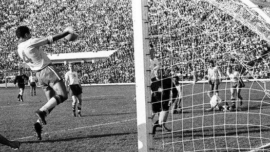 Zito murió a a los 82 años en San Pablo. Jugó con Pelé en el Santos y fue campeón del mundo en 1958 y 1962.