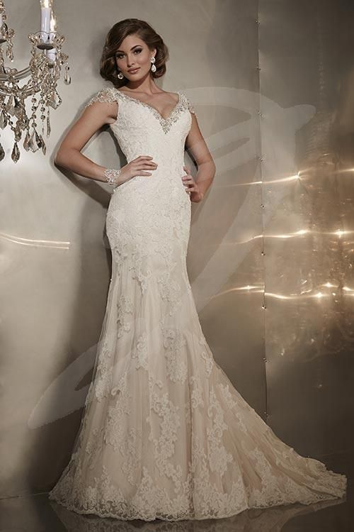 Balletts bridal 21621 wedding gown by jacquelin for Heavy beaded wedding dresses