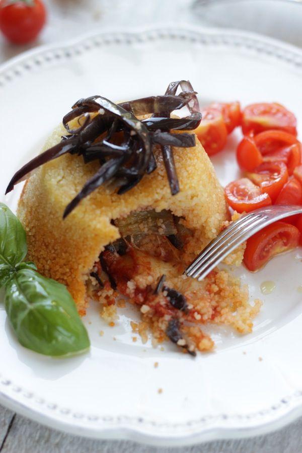 Super food!!!!!! COUS COUS+ AUBERGINE!!! Posso anche morire!!! Sformatino di cous cous con cuore di melanzane filanti,