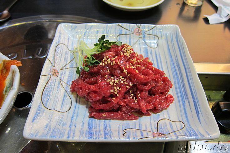 Rohes koreanisches Rindfleisch (Yukhoi; 육회)