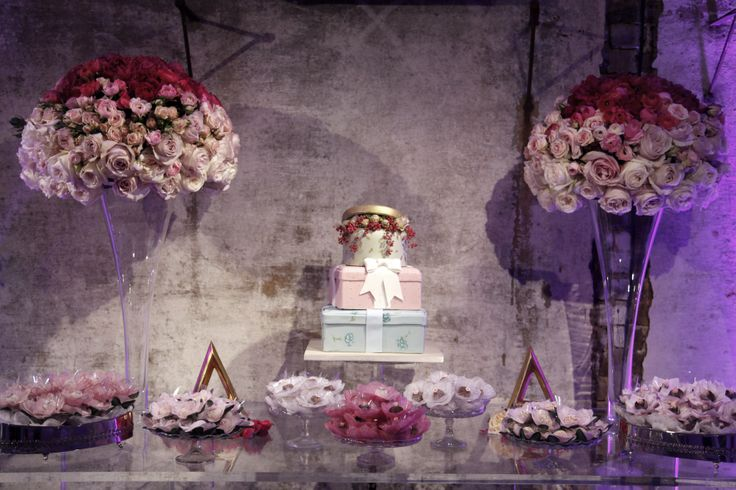Wedding Sweet Table and Gift Box Cake. Created and styled by www.villadolce.co.uk