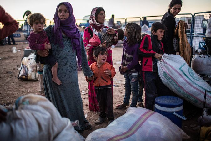 Number of Syrian Refugees Climbs to More Than 4 Million - The New York Times