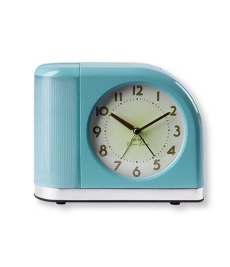17 best images about vintage retro alarm clock on pinterest retro radios vintage alarm clocks. Black Bedroom Furniture Sets. Home Design Ideas