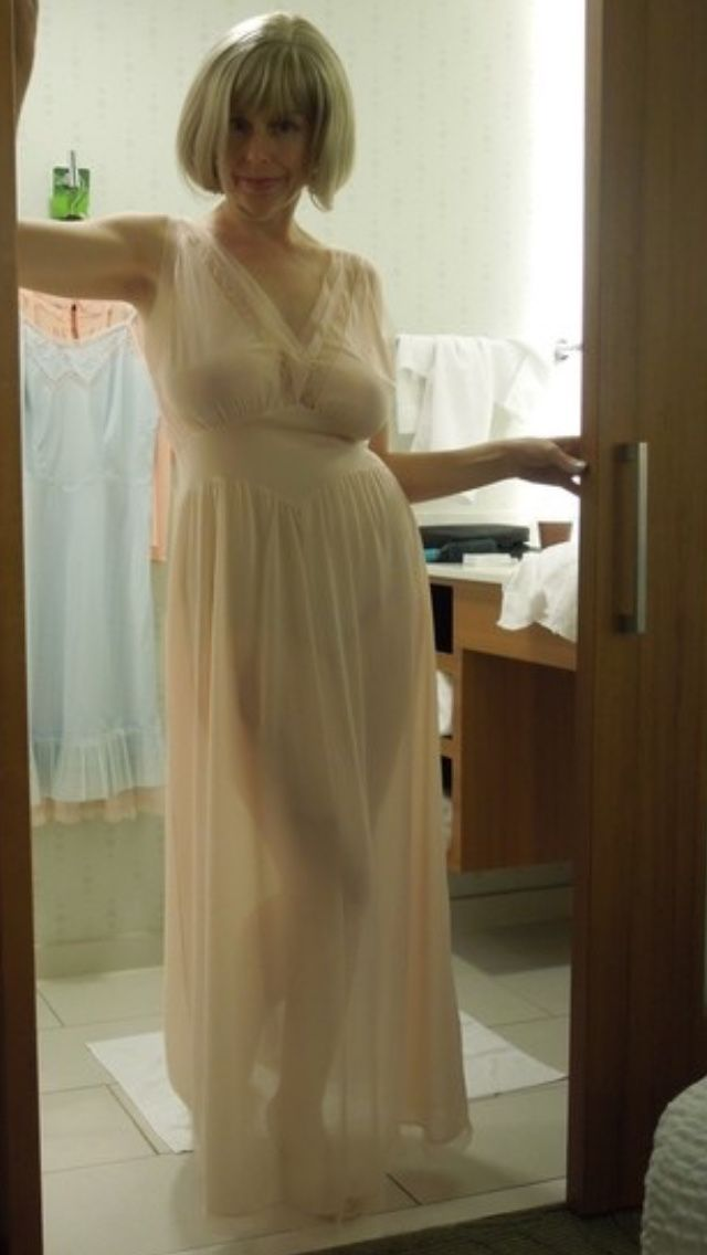 Actress have busty moms in nightgown