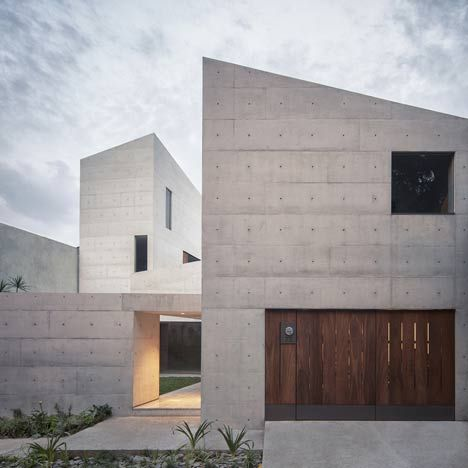 Cap House by MMX