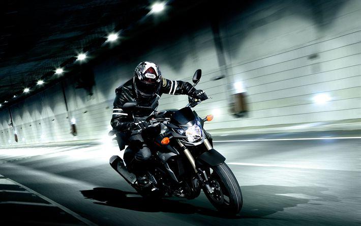 Download wallpapers Suzuki GSR-750, 2018, 4k, new sports bike, motorcycle racer, tunnel, new GSR, Japanese motorcycles, Suzuki