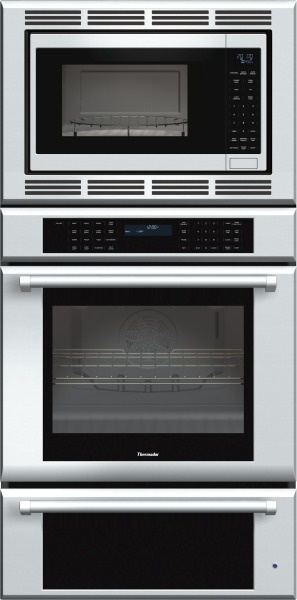 Thermador 30 inch Masterpiece® Series Triple Oven (oven, convection microwave and warming drawer) with professional handle MEDMCW31JP