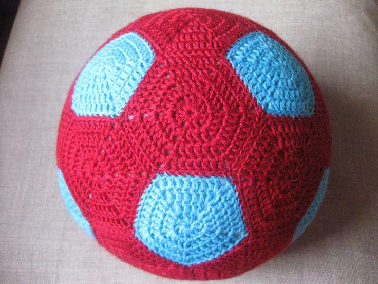Virkattu jalkapallo