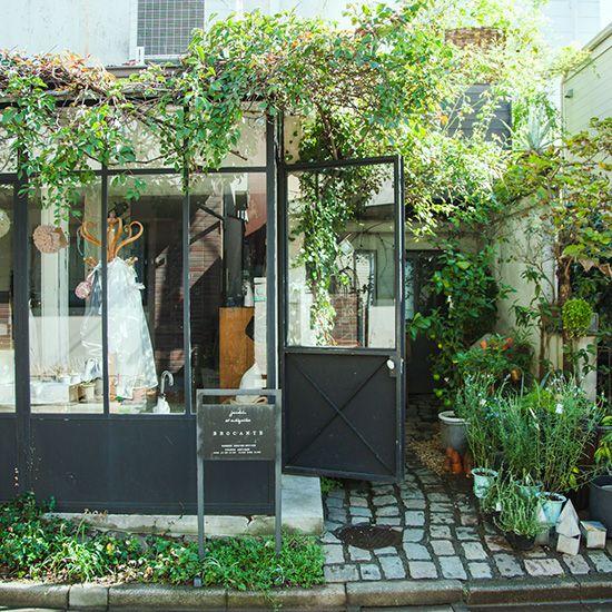 自由ヶ丘で雑貨や家具を売るおすすめのお店「BROCANTE」店主の松田尚美さんを取材 - 北欧、暮らしの道具店