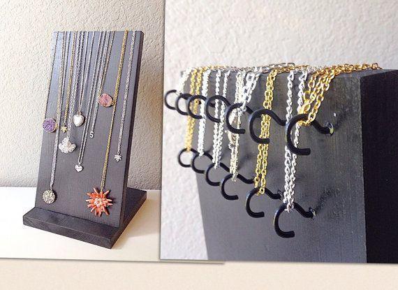 les 25 meilleures id es de la cat gorie porte bracelet sur pinterest porte collier diy porte. Black Bedroom Furniture Sets. Home Design Ideas