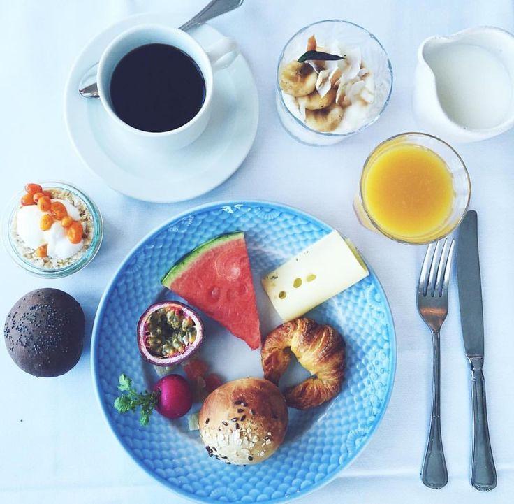 Brunch from @anneauchocolat  Tag your favorite Sunday brunch partner below
