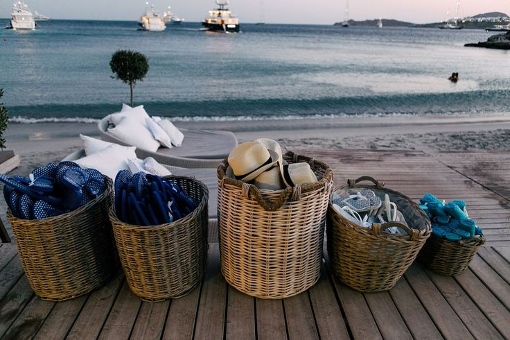Party accessories to protect you from the summer heat, the breeze and hot sand.