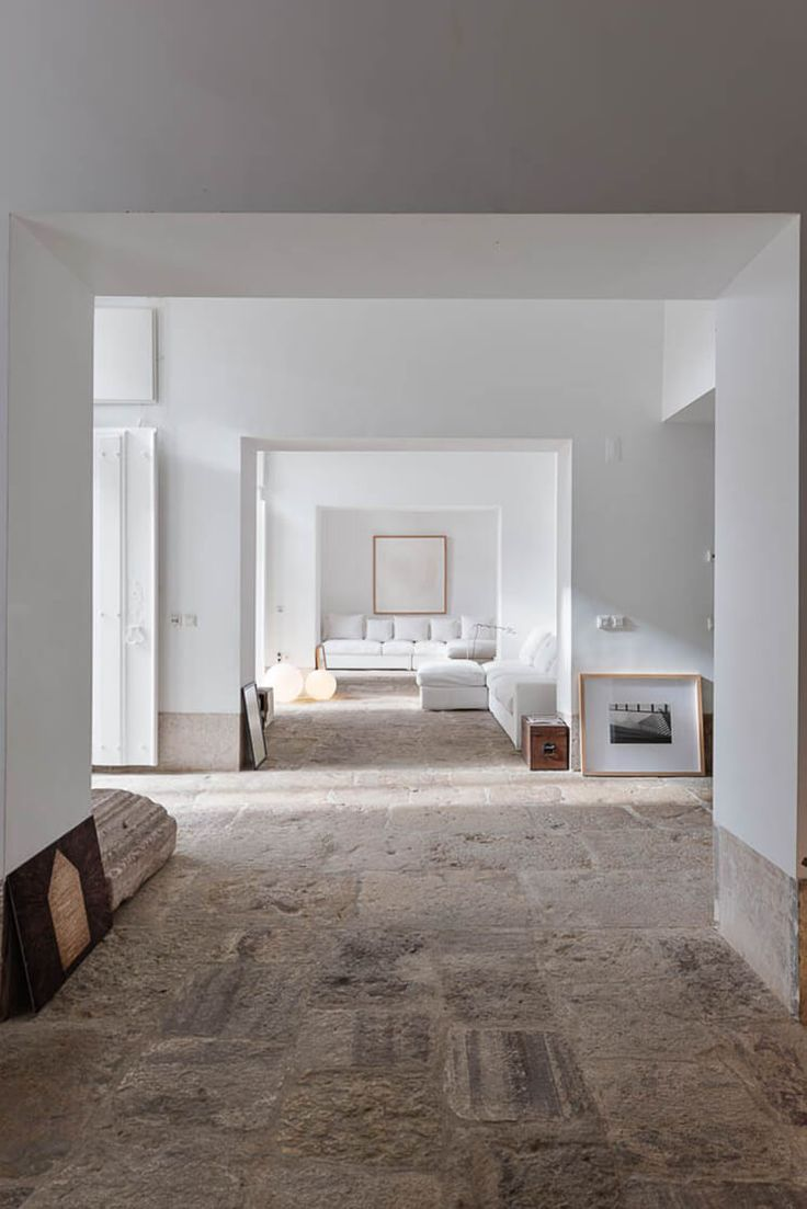 The renovation of this 18th Century townhouse by architect Manuel Aires Mateus gives a contemporary edge that also compliments the historical home.
