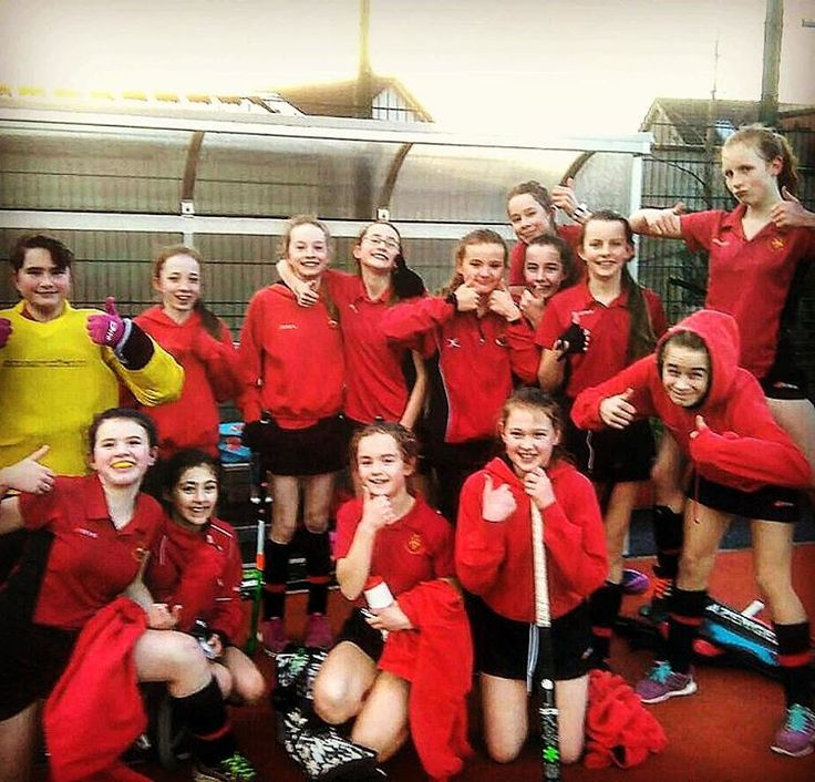 The 1st Year A Girls' Hockey Team beat St Joseph of Cluny in a League game. Well done everyone. #hsdgirlshockey
