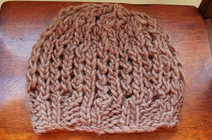 Knitting Chunky Hat Pattern : Quick and easy chunky slouchy hat knitting pinterest