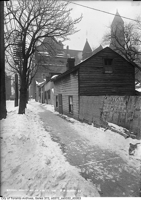 South side of Albert Street, looking east, near Bay Street, Toronto, February 23, 1913. #Edwardian #winter #vintage #Canada
