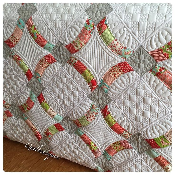 Finished my #metrohoops quilt using #littlerubyfabric by quiltedsquid