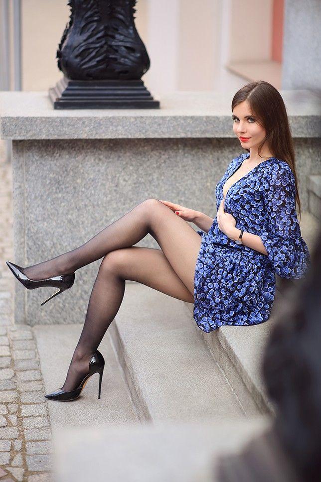 cd4b20207abb Ariadna majewska Nice Legs