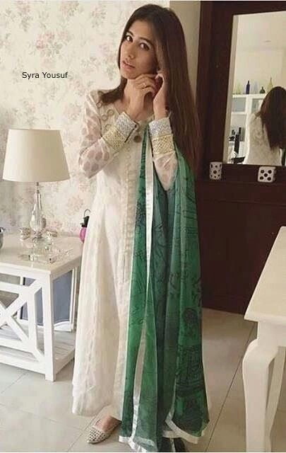 Syra Yousef in Zainab Chottani casual wear for the Pakistan Independance Day                                                                                                                                                     More