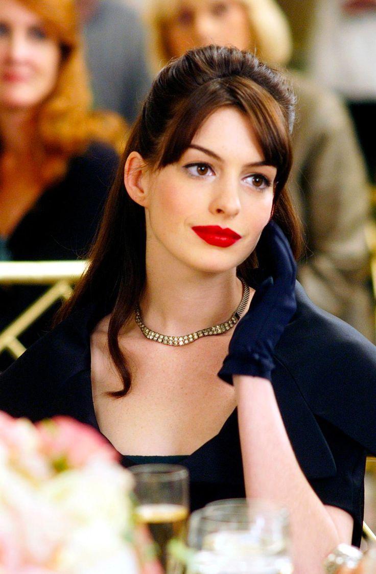 La frange rideau d'Anne Hathaway dans Le Diable s'habille en Prada