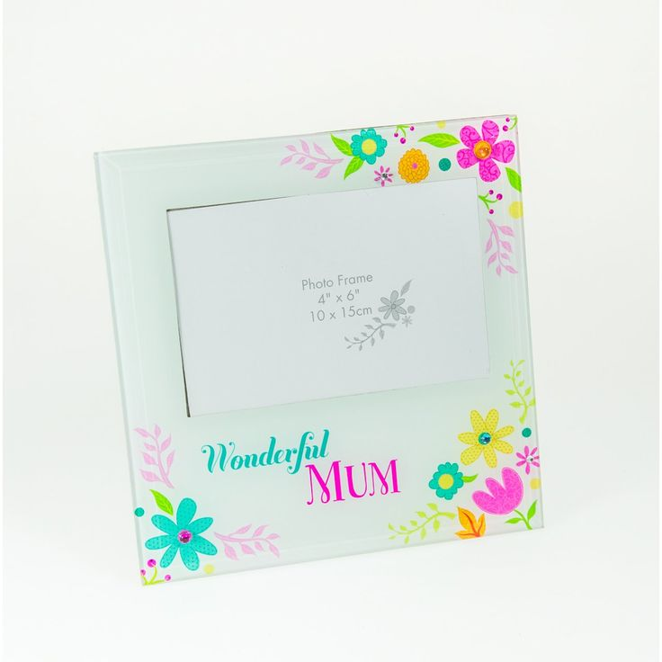 A great gift idea: 'Wonderful Mum' Glass Photo Frame from Card Factory.
