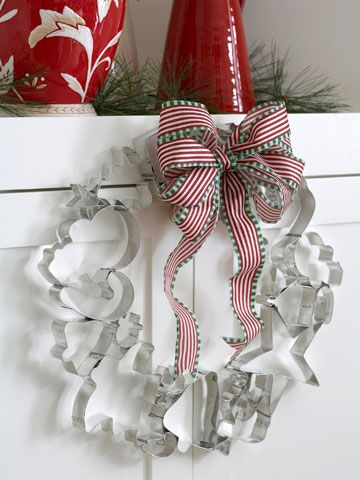 cookie cutter wreath - would be a cute gift with sugar cookie recipe attached
