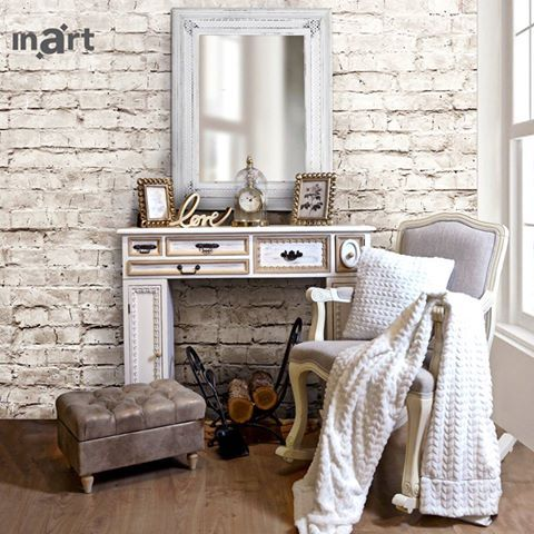 Her throne.  As proud and elegant as her. #BeautySpace #inartLiving