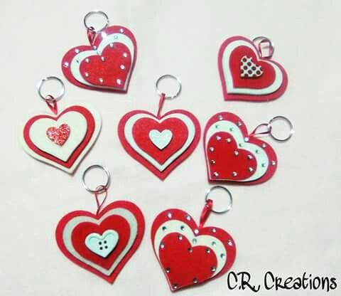 Portachiavi cuore in feltro #portachiavi #keychain #felt #handmade #cuori #hearts