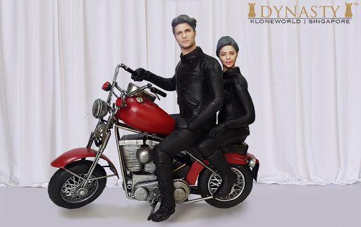 Couple on Bike, Best Valentine's gift
