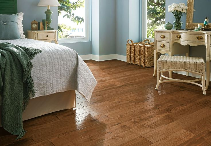 Learn more about Armstrong Hickory - Gold Rush and order a sample or find a flooring store near you.