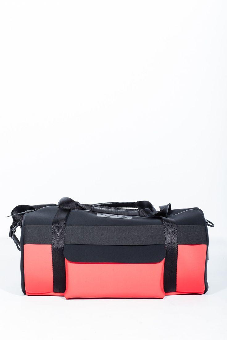 Y-3 travel bag. Shop online #mensbags at #hionidismankind