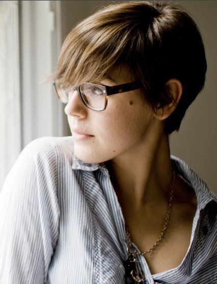 glasses and cut: Short Hair, Haircuts, Glasses, Hair Cut, Hair Style, Shorthair, Shorts Cut, Shorts Hairstyles, Pixie Cut