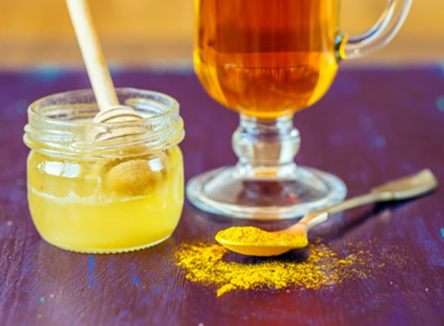 This turmeric cancer prevention tea is a potent healer & anti-inflammatory drink. Find out why turmeric is one of the most powerful cancer-fighting spices.