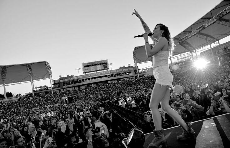 """ My fans don't even understand every single scream, every lyric they sing back to me... keeps me alive."" — Miley Cyrus.  #Singers #Actors #Actresses #Artists #Sportives #Politicians #JacobSartorius #JustinBieber #TaylorSwift #Models #Beyoncé #KatyPerry #MileyCyrus #Rihanna #Cher #KellyClarkson #ToriAmos #TaylorSwift #MariahCarey #Dev #LesleyGore #ArianaGrande #KittyKallenŞarkıcı #AaronCarter #SeanKingston #HilaryDuff #ColbieCaillat #BenFolds #GloriaEstefan #CeCePeniston…"