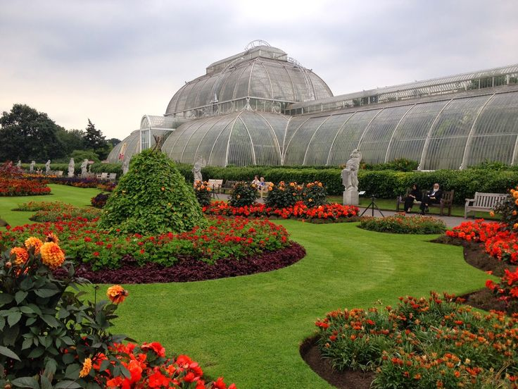Peony and Peach: A Day at Kew Gardens