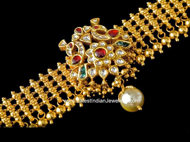 Baju Bandh cum gold Choker
