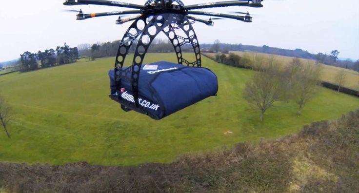 Il drone che consegna la pizza a domicilio è l'invenzione più importante di sempre