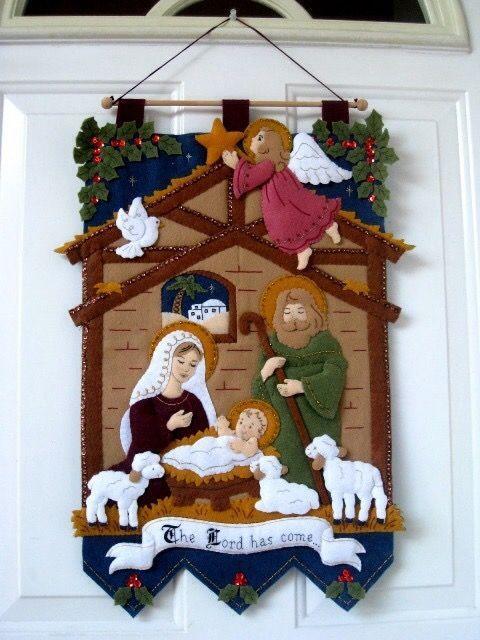 Resultado de imagem para felt christmas table decorations
