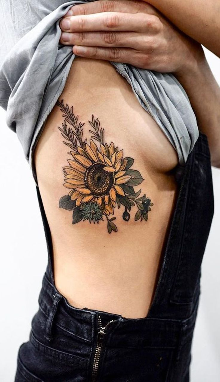 Realistic Sunflower Rib Tattoo Ideas for Women with Color - ideas de tatuaje de costillas de girasol para las mujeres - www.MyBodiArt.com