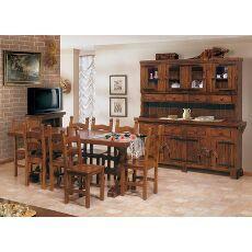 Sala rustica in legno di pino massiccio. Ideale per una taverna, una casa in montagna o semplicemente per chia ama l'arredo rustico!! #rustico #mobiliinpino #arredamentirustici