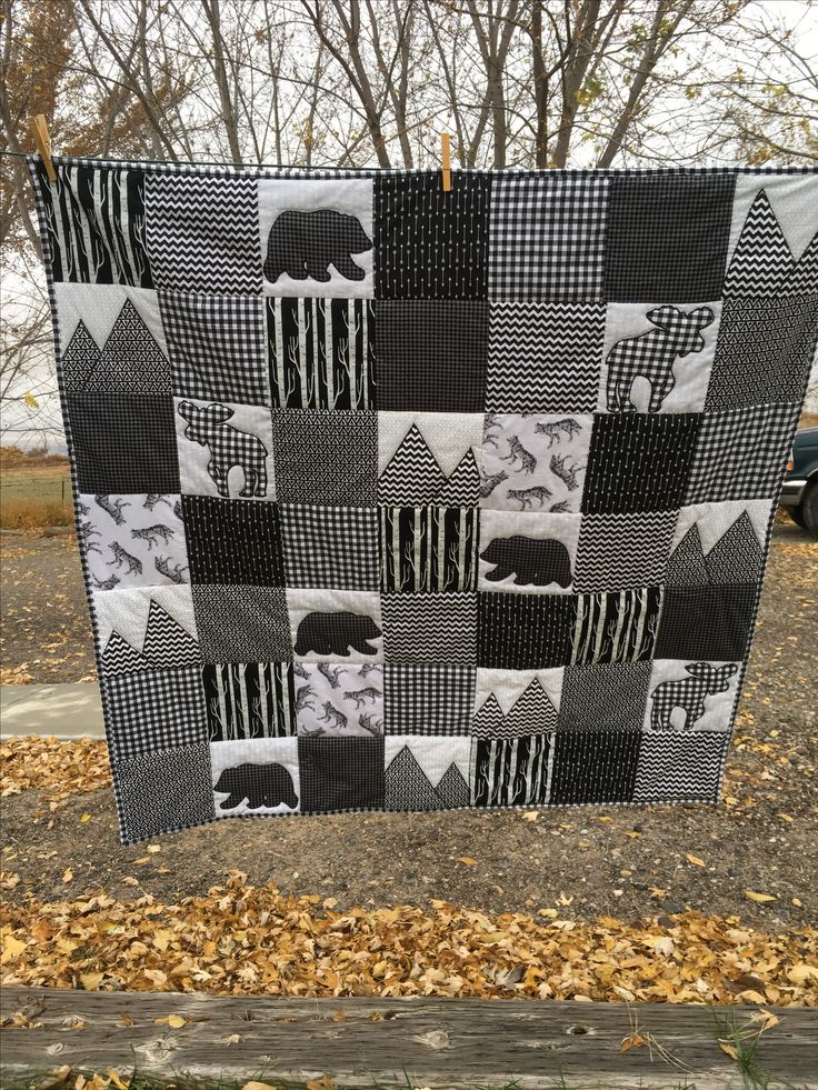Moose Bears Mountains appliqué hand quilted black and white block quilt nursery Baby boy crib blanket 45x45