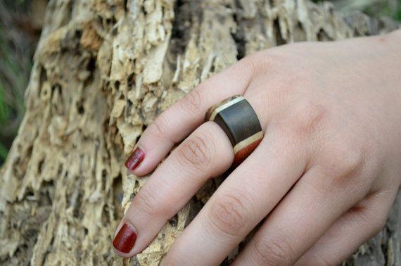 Wooden ring  by Molinart por Molinart en Etsy, $28.00