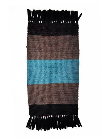 Mat with fringes, knitted by hand on a board type loom | HEEL home COLLECTION : HEEL Athens Lab