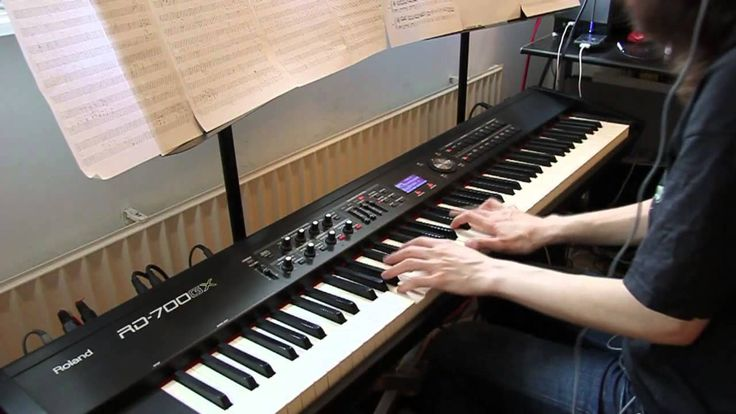 Led Zeppelin - Stairway to heaven - piano cover....THIS CHICK IS AMAZING!!!