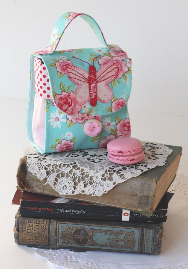 The Brisbane Craft and Quilt Fair. - Red Brolly tea cup & tea bag holder.   Many other purses