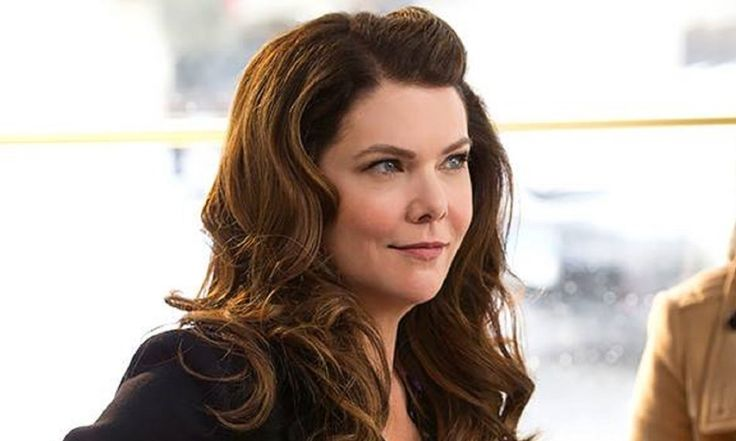 'Gilmore Girls' Revival May Return for a Christmas Film, Lauren Graham Hints
