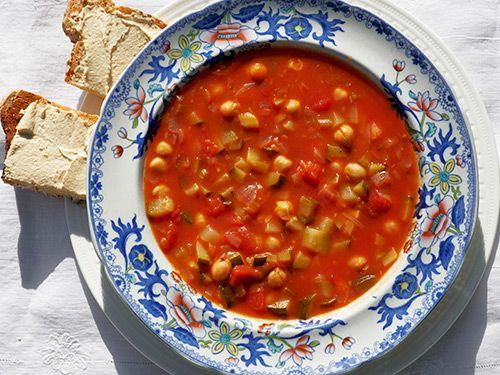 Courgette, Chickpea & Tomato Soup http://myrecipesforyou7.blogspot.com/2016/11/courgette-chickpea-tomato-soup.html