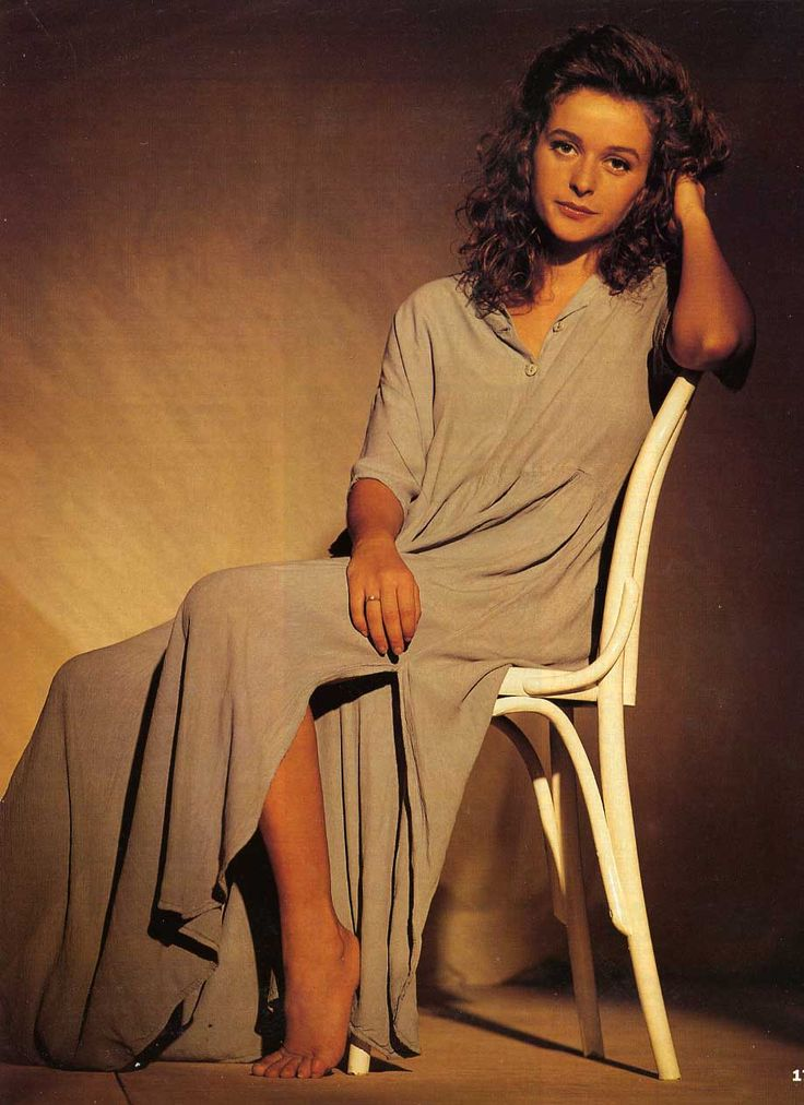 Julia-Sawalha::one of my favourite actresses